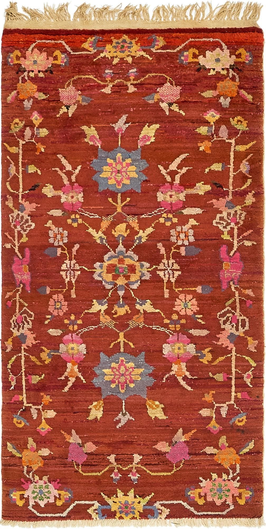 2' 9 x 5' 7 Antique Finish Rug main image
