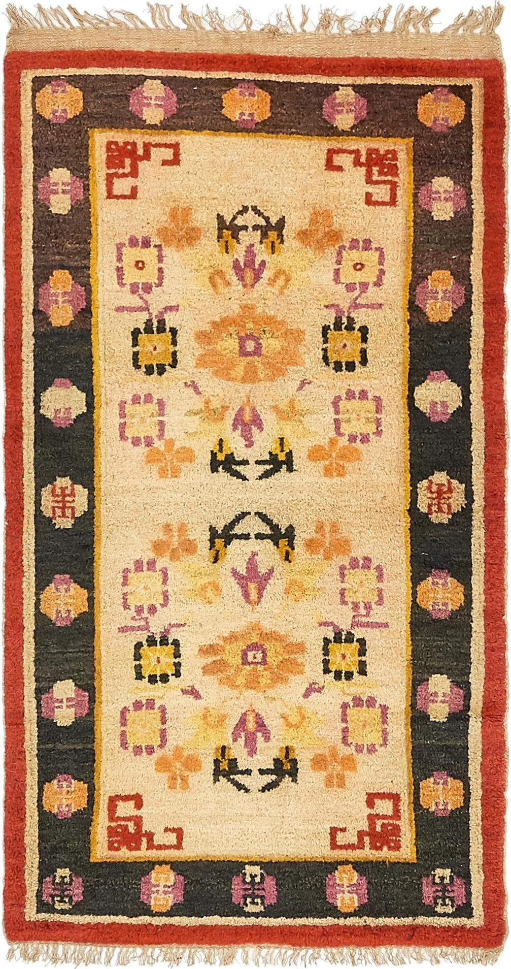 2' 8 x 5' Antique Finish Rug main image