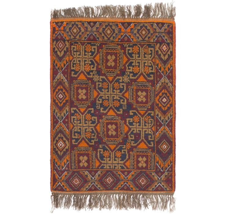 2' 9 x 4' 3 Shiraz Persian Rug