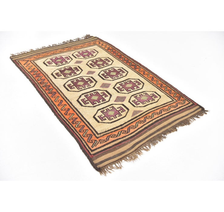 4' 2 x 6' 4 Shiraz Persian Rug