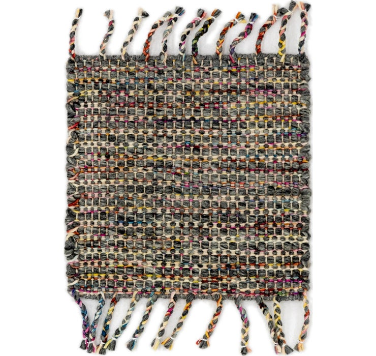 1' 7 x 1' 8 Hand Braided Square Rug