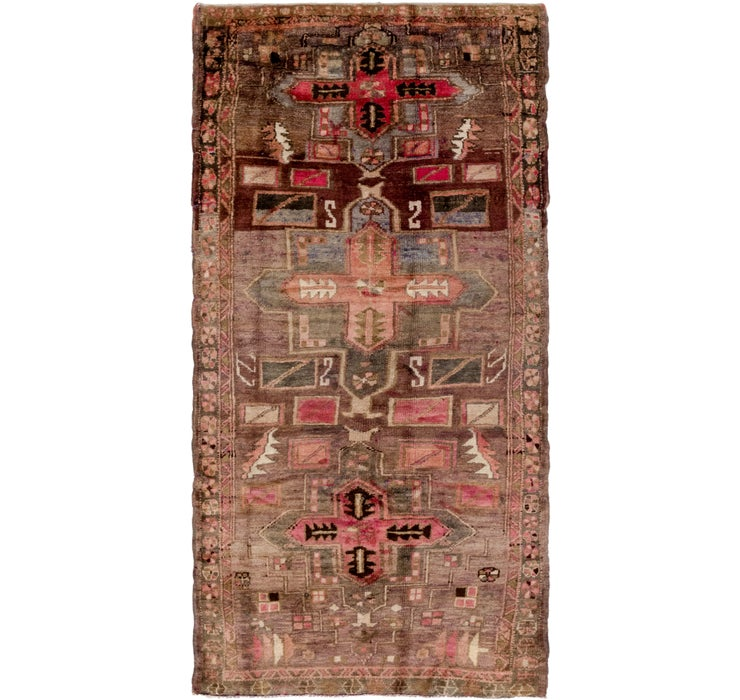 4' x 9' 5 Shiraz Persian Runner Rug