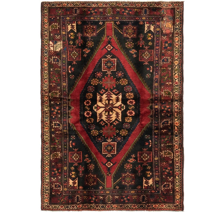 4' 9 x 6' 10 Hamedan Persian Rug