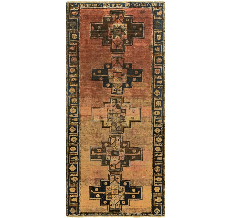 4' 7 x 10' 7 Shiraz Persian Runner Rug