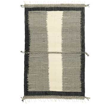 Image of 7' x 10' 7 Moroccan Rug