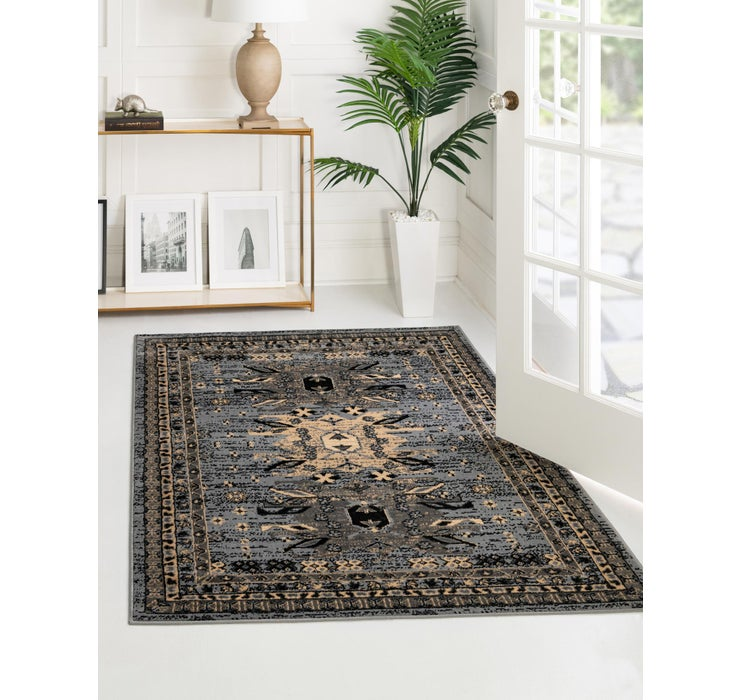 Image of 5' x 8' Heriz Design Rug