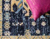 7' x 10' Heriz Design Rug thumbnail