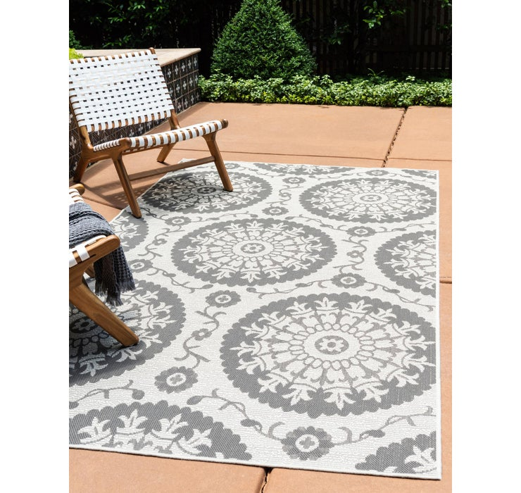 100cm x 152cm Outdoor Botanical Rug