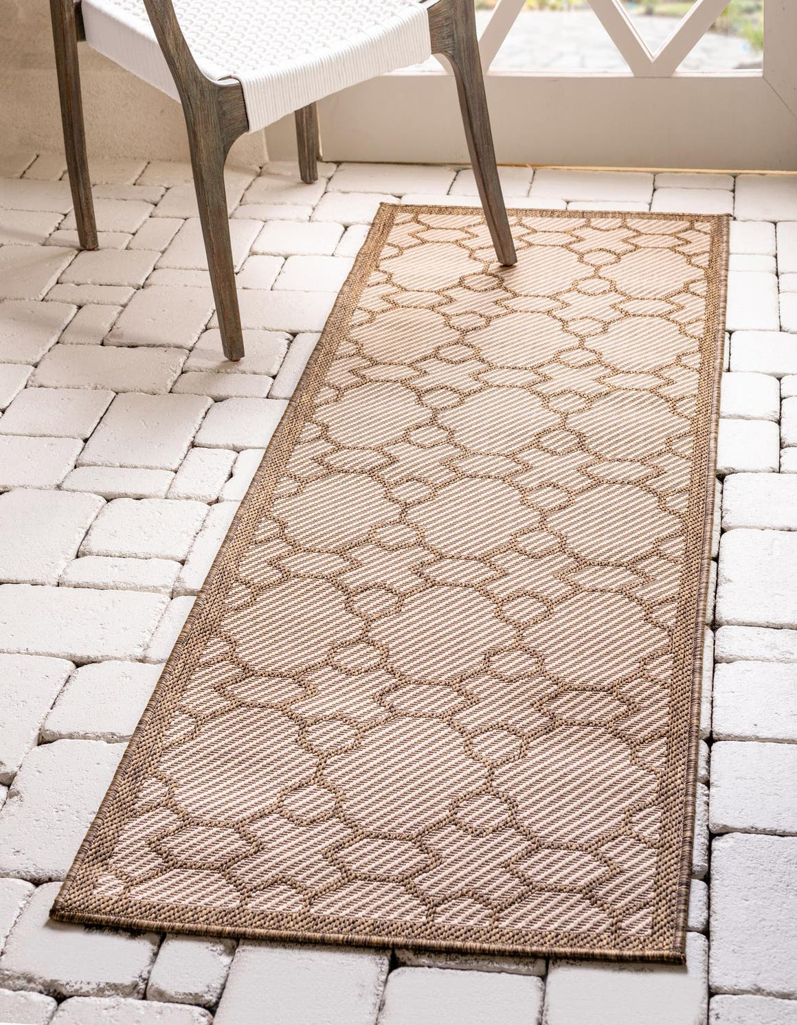 2' 2 x 6' Outdoor Trellis Runner Rug main image