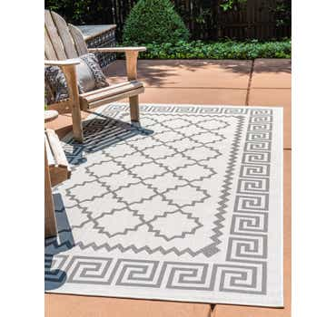Image of  2' 2 x 3' Outdoor Lattice Rug