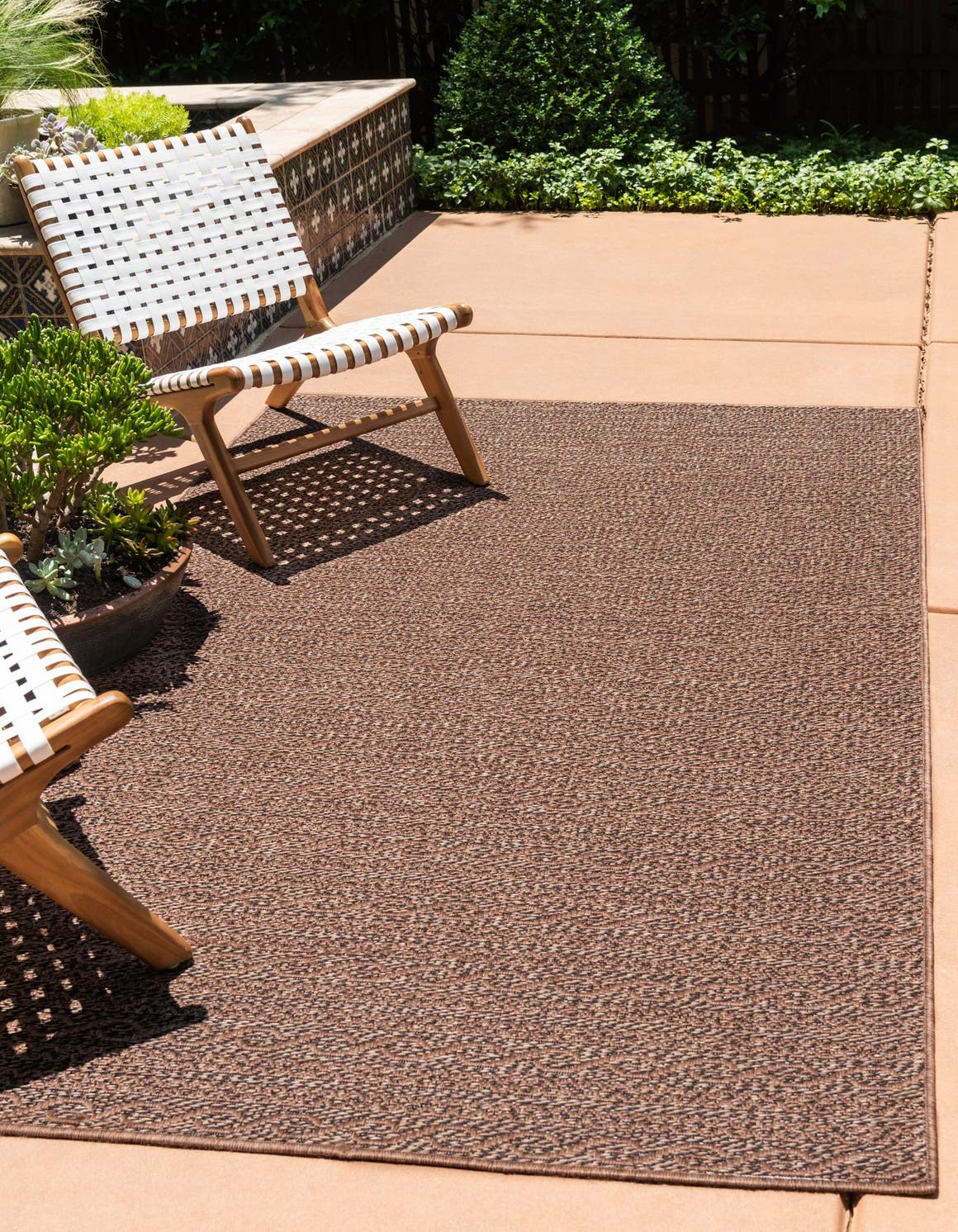 3' 3 x 5' Outdoor Modern Rug main image
