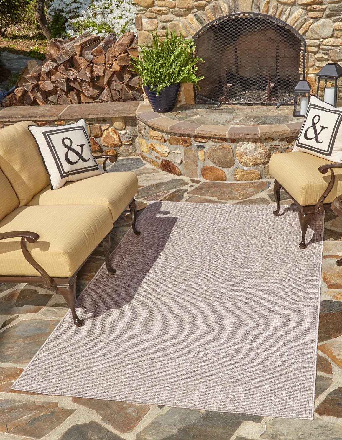 6' x 9' Outdoor Solid Rug main image
