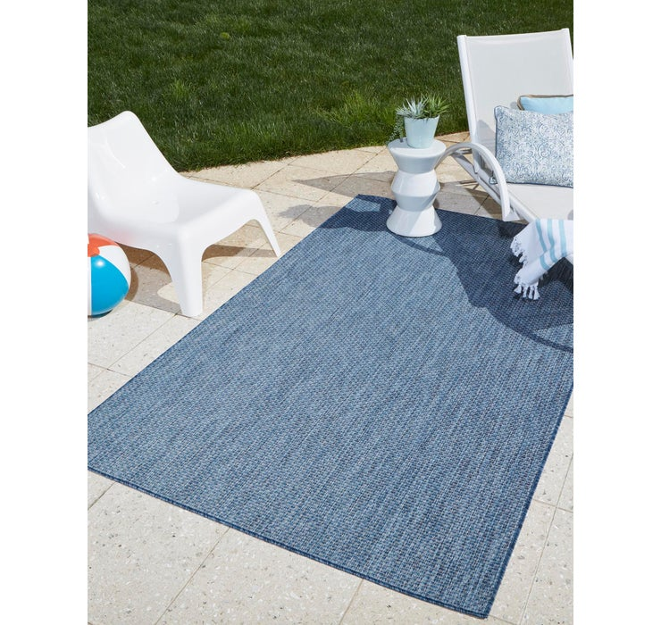 152cm x 245cm Outdoor Solid Oval Rug