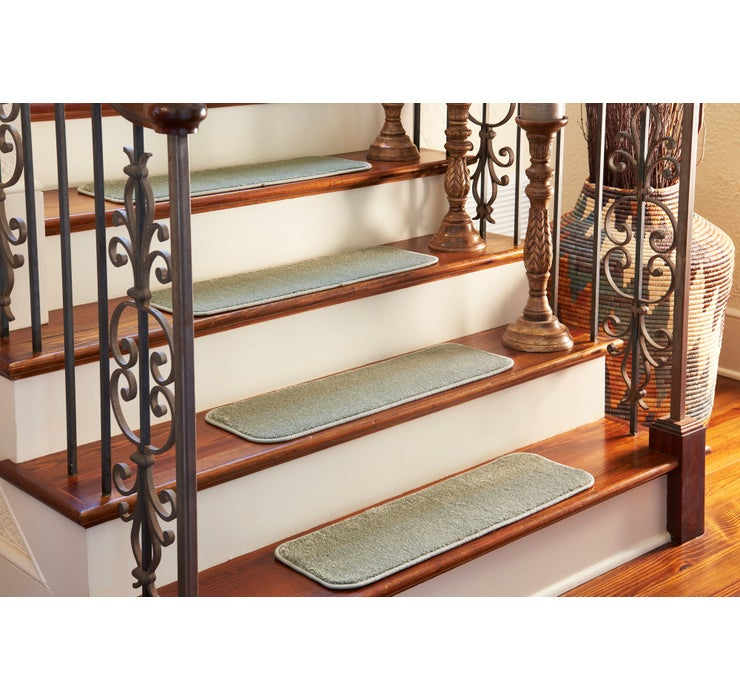23cm x 75cm Solid Stair Tread Rug