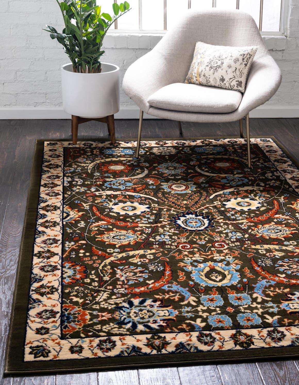 5' x 8' Isfahan Design Rug main image