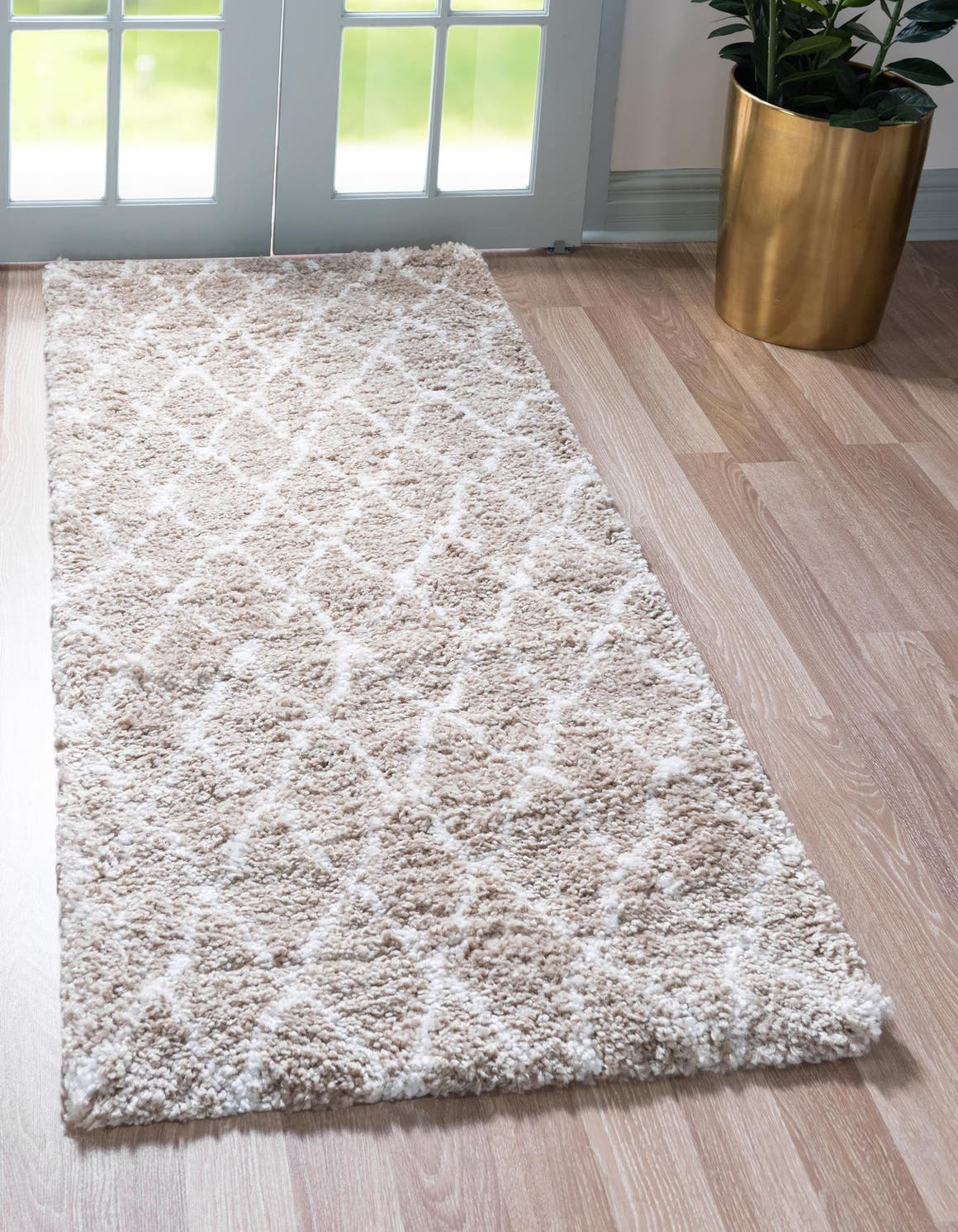 2' 7 x 10' Marrakesh Shag Runner Rug main image