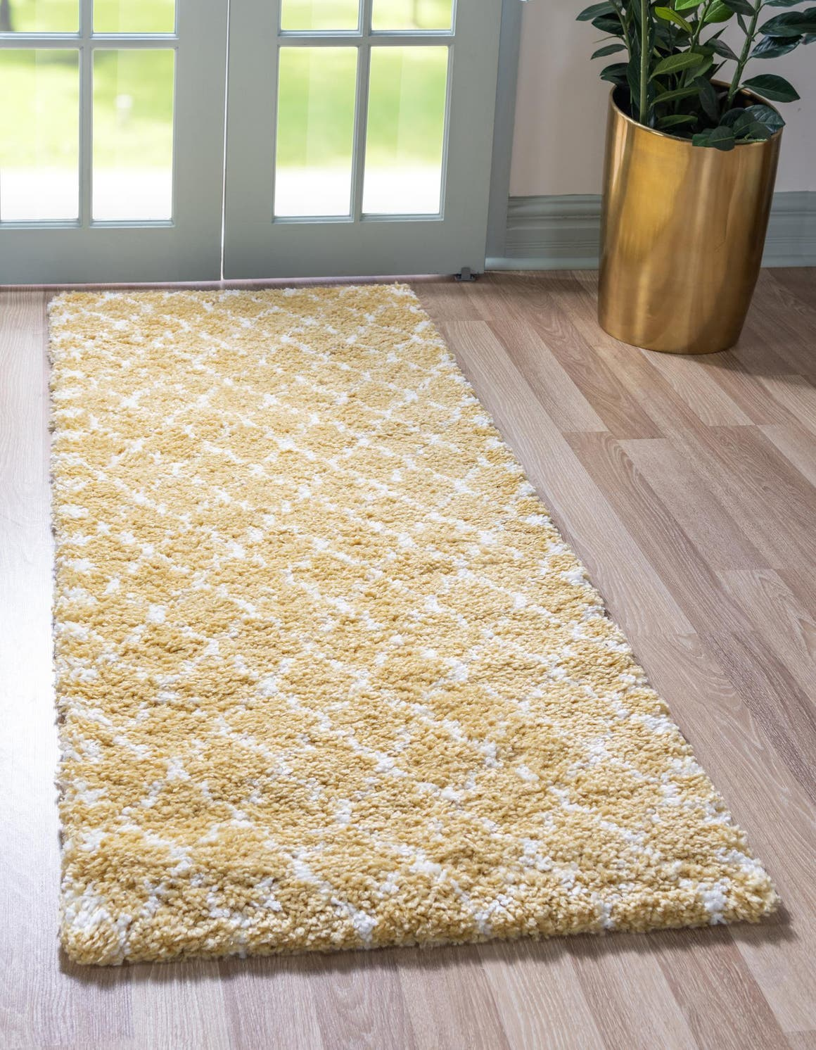 2' 7 x 6' Marrakesh Shag Runner Rug main image