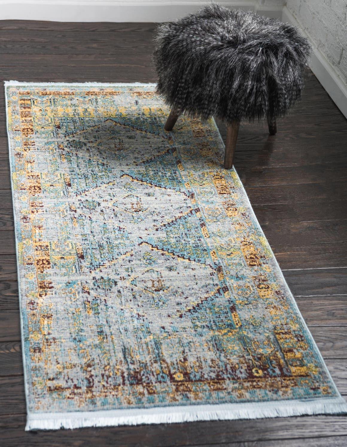 2' 7 x 10' Havana Runner Rug main image