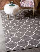 5' x 8' Lattice Frieze Rug thumbnail