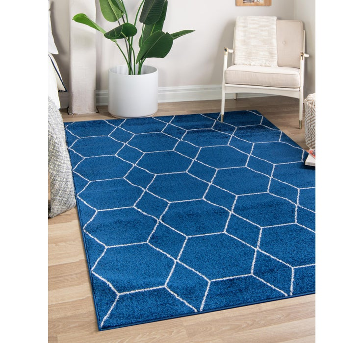 2' x 3' Trellis Frieze Rug