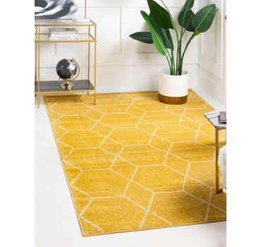 Image of 6' x 9' Trellis Frieze Rug
