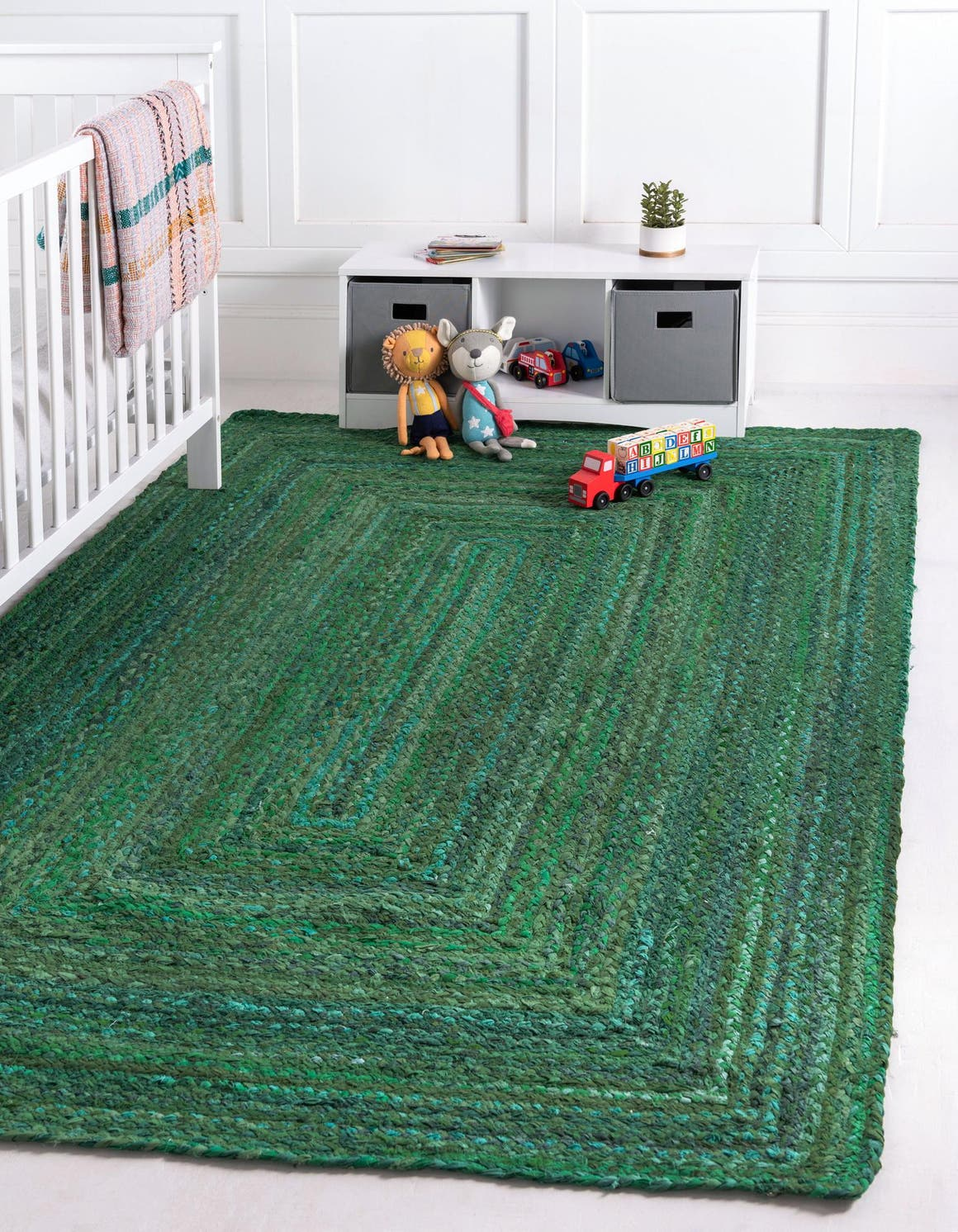 Green  5' x 8' Braided Chindi