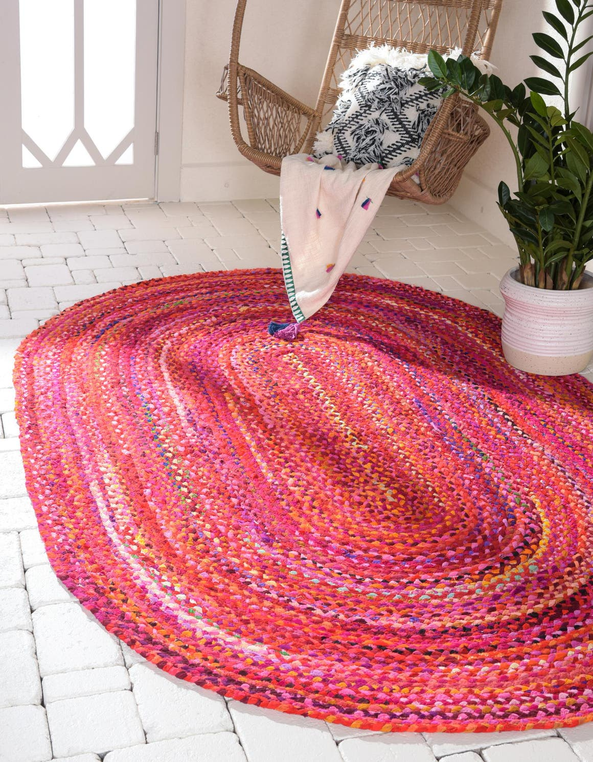 5' x 8' Braided Chindi Oval Rug main image