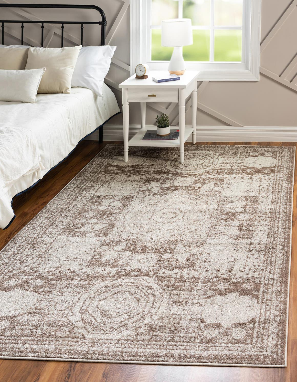 8' x 11' Dover Rug main image