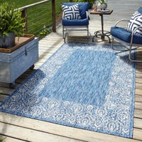 Traditional Outdoor Rugs image