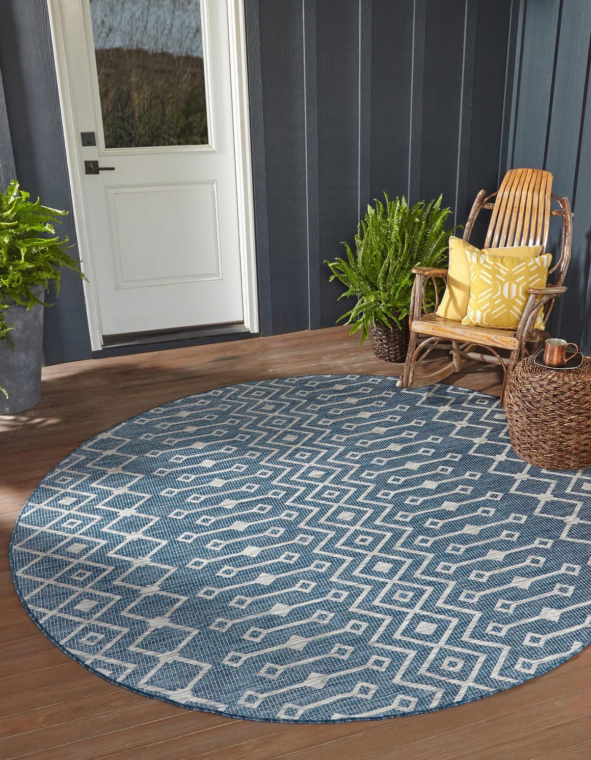 3' x 3' Outdoor Trellis Round Rug main image