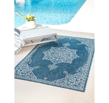 6' x 8' Outdoor Traditional Rug main image