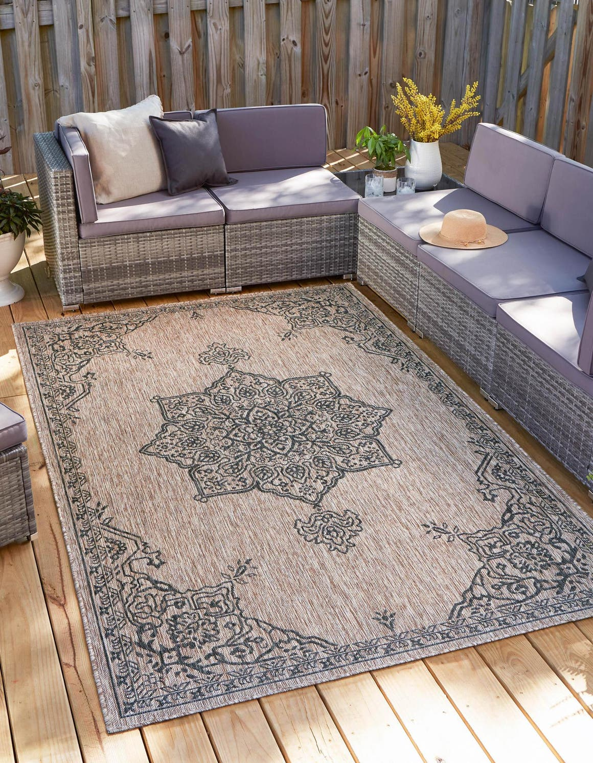 7' x 10' Outdoor Traditional Rug main image