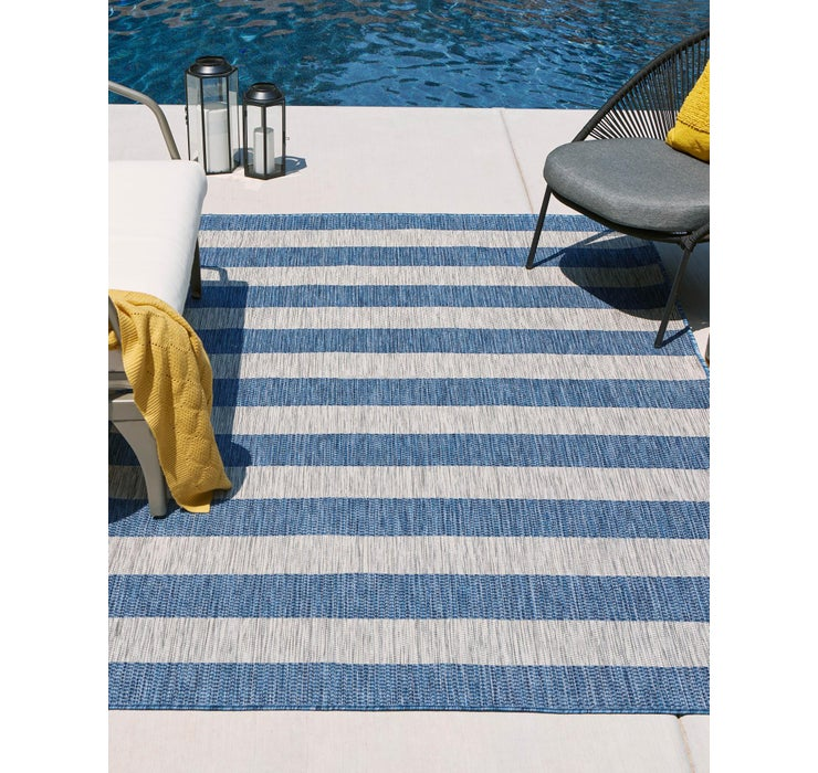 122cm x 183cm Outdoor Striped Rug