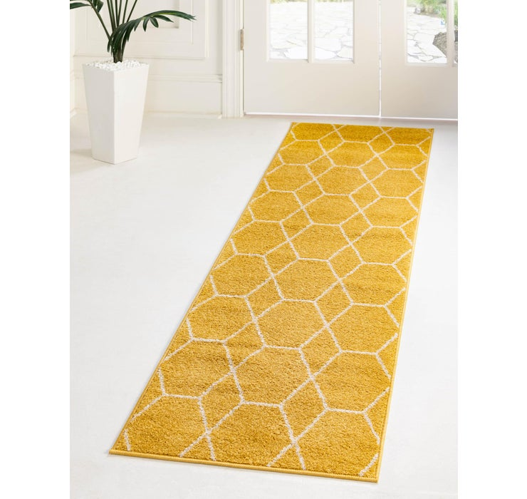 2' x 13' Trellis Frieze Runner Rug