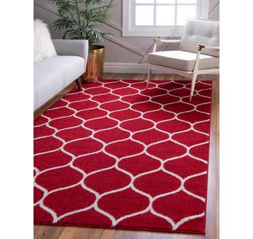 Image of  7' x 10' Lattice Frieze Rug