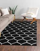 9' x 12' Lattice Frieze Rug thumbnail