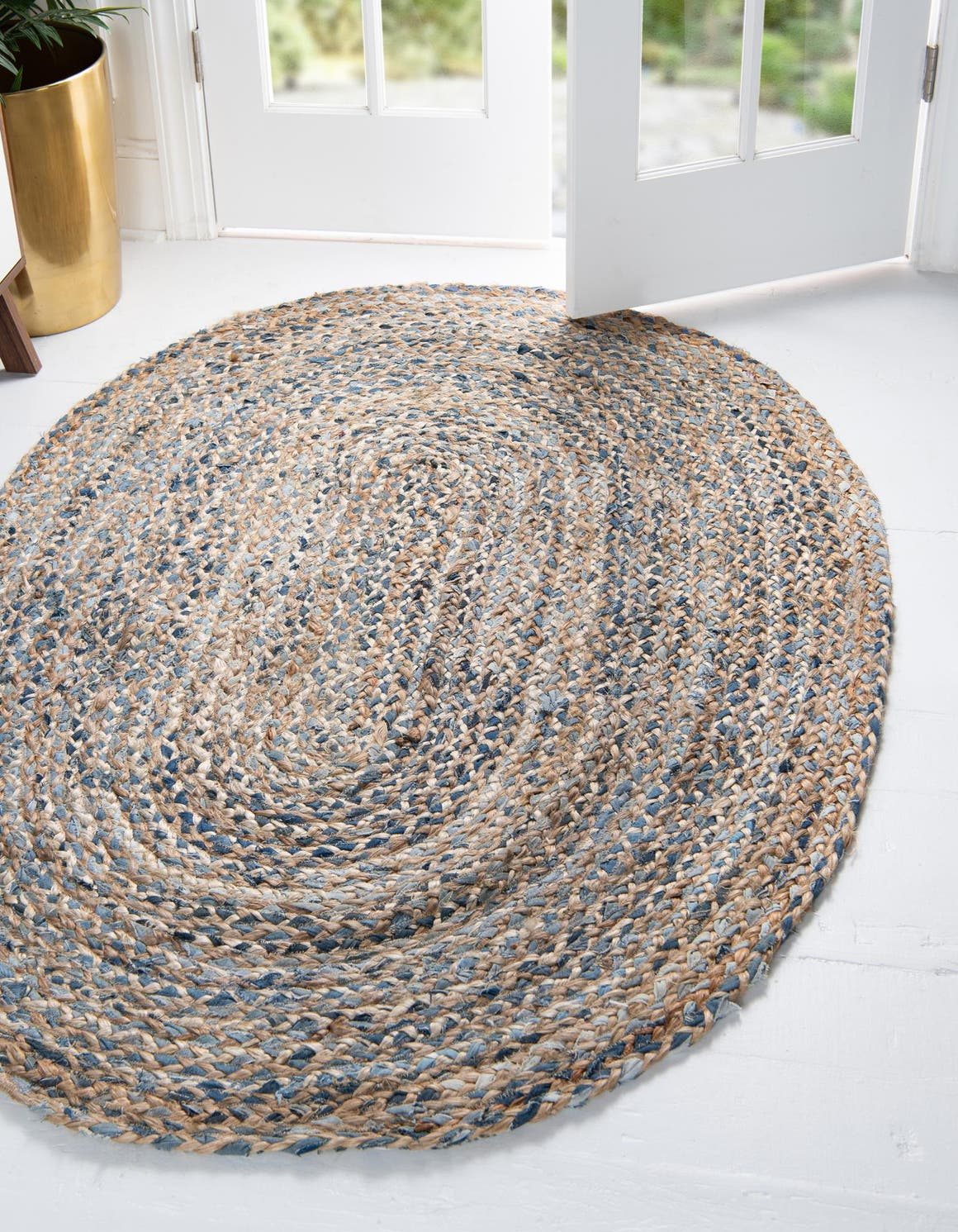 Natural  4' x 6' Braided Chindi Oval