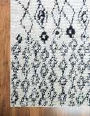 2' 2 x 3' Morocco Rug thumbnail