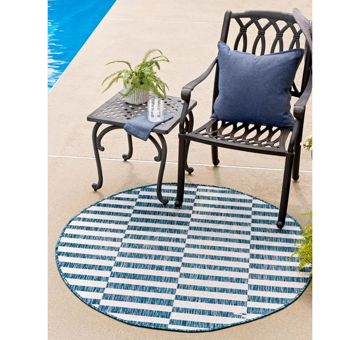 122cm x 122cm Outdoor Striped Round Rug