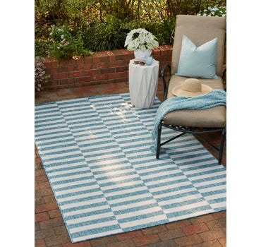 4' x 6' Outdoor Striped Rug main image