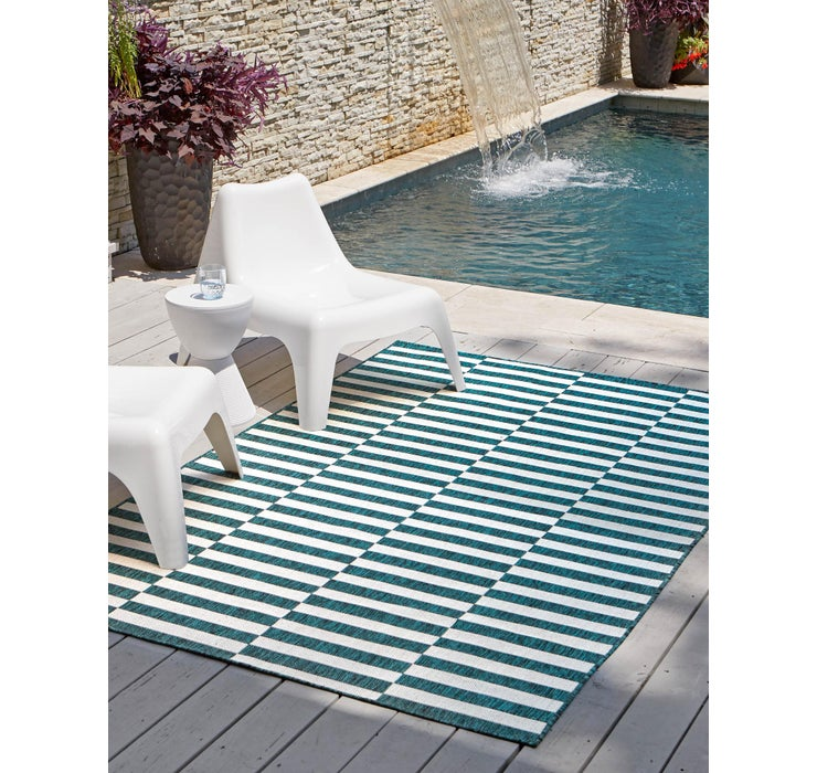 Image of 6' x 9' Outdoor Striped Rug