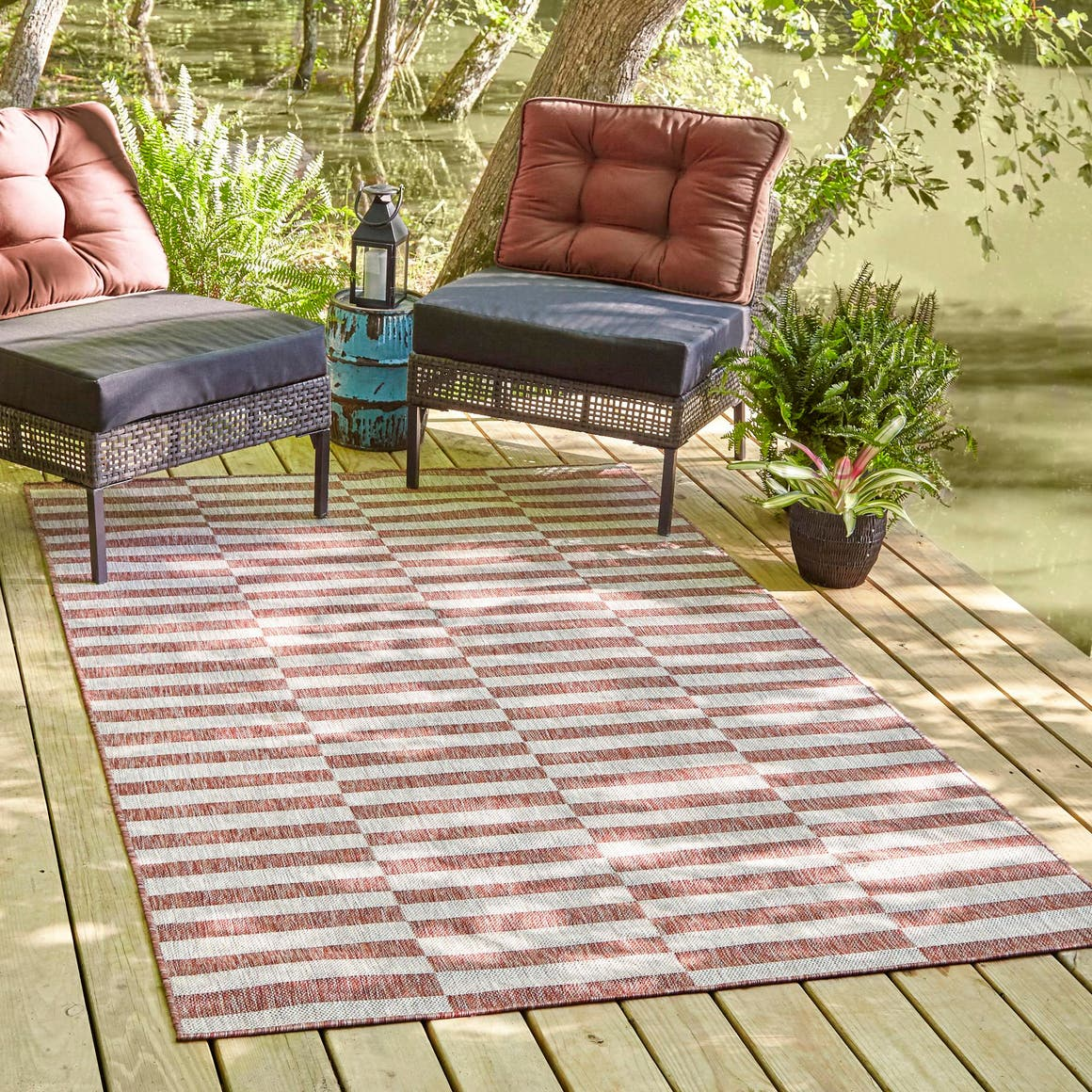 8' x 11' 4 Outdoor Striped Rug main image