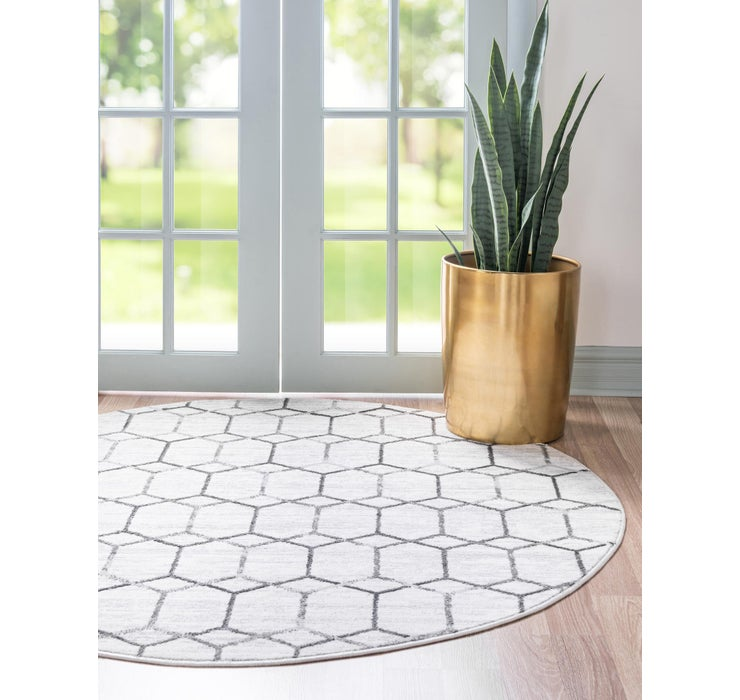8' x 8' Lattice Trellis Round Rug