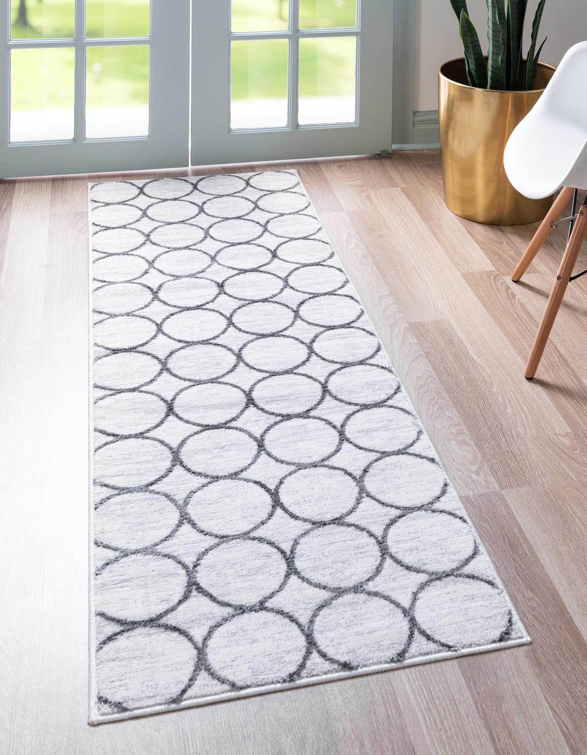 2' x 6' Lattice Trellis Runner Rug main image