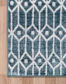 5' x 8' Lattice Trellis Rug thumbnail