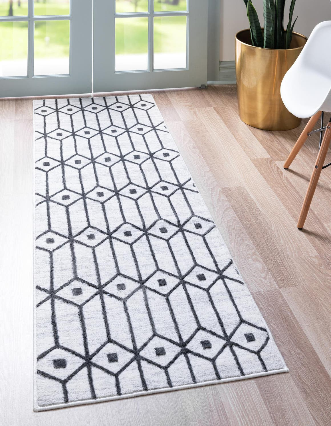 3' x 10' Lattice Trellis Runner Rug main image