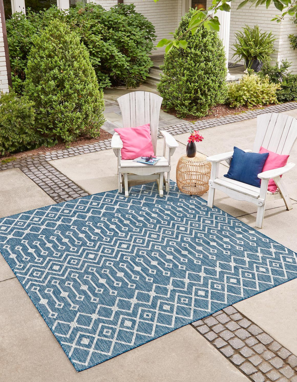 5' x 5' Outdoor Trellis Square Rug main image