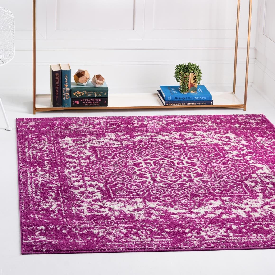 7' 10 x 7' 10 Arlington Square Rug main image