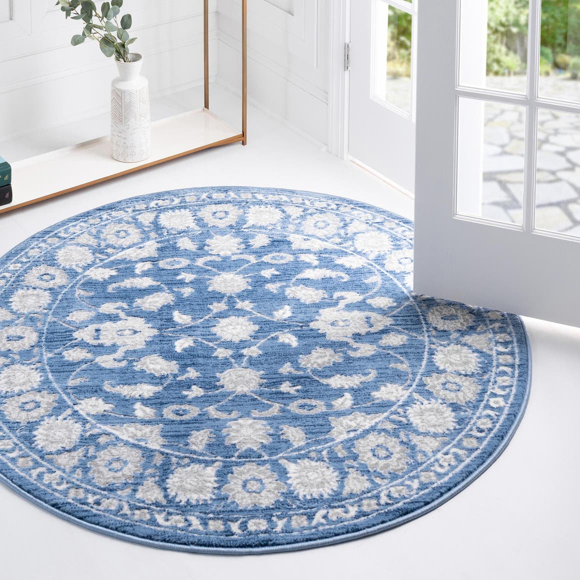 5' x 5' Boston Round Rug main image