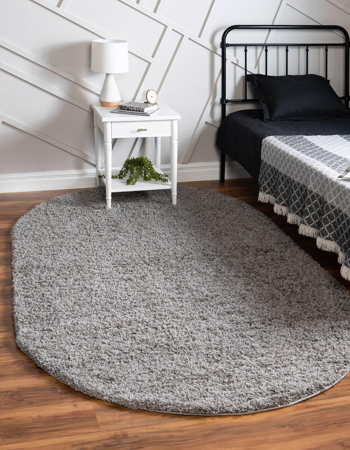 5' x 8' Solid Shag Oval Rug main image